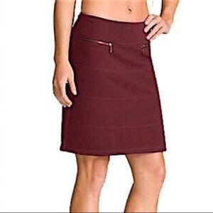 Athleta strata burgundy zip pocket skirt